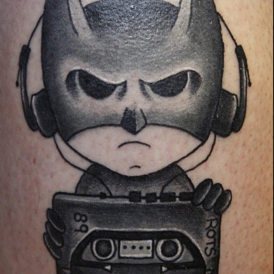 Tattoo Batman con Walkman