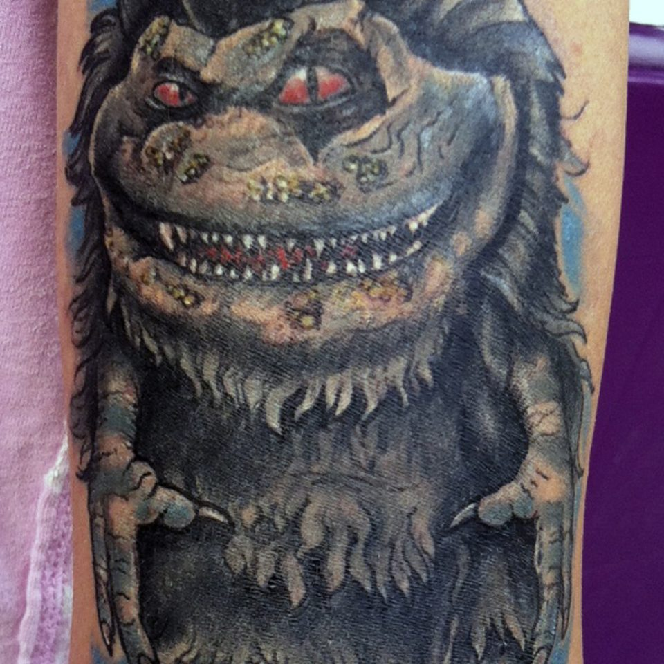 Tattoo critter realismo en color